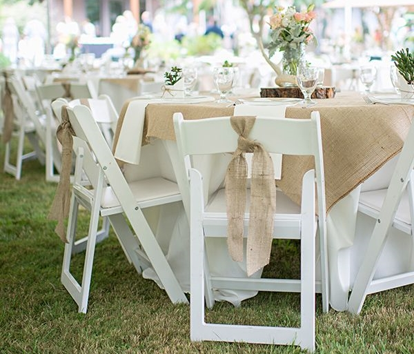 round tables, white chairs